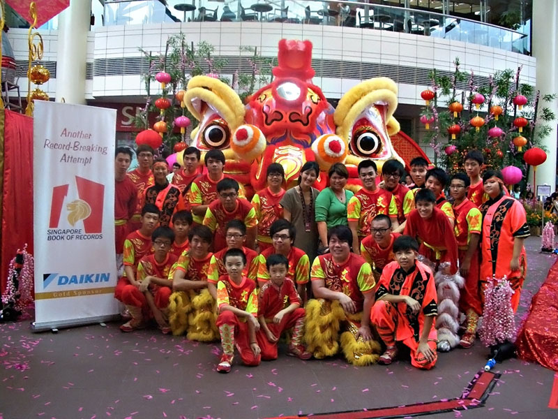 PreCNY-2011 Largest Lion Display–Singapore Book of Records ...